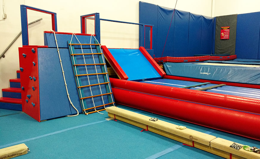 smallgym_airtrack.jpg (872×535)